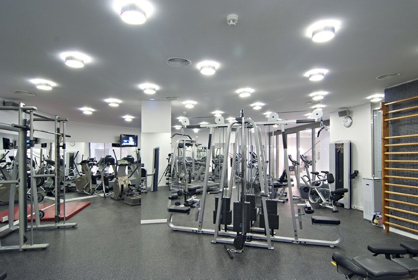 Foto 0 Oferta Wellness Club 33 Barcelona {2} - GymForLess