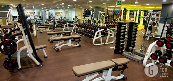 Oferta gimnasio o2 centro wellness manuel becerra madrid for Gimnasio 24h madrid