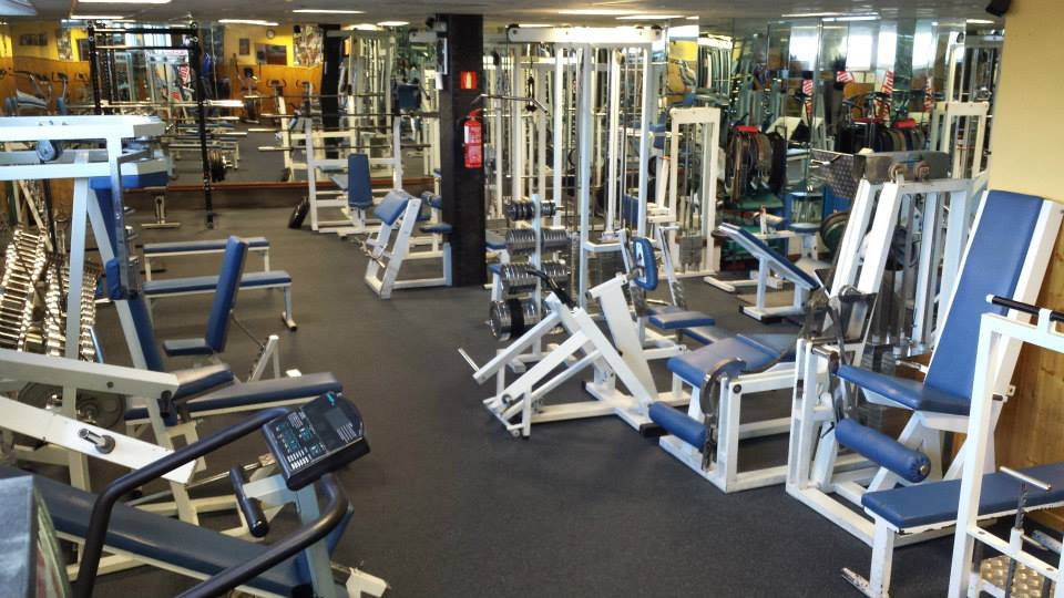 Oferta gimnasio gimnasio crom madrid gymforless for Gimnasio 24h madrid