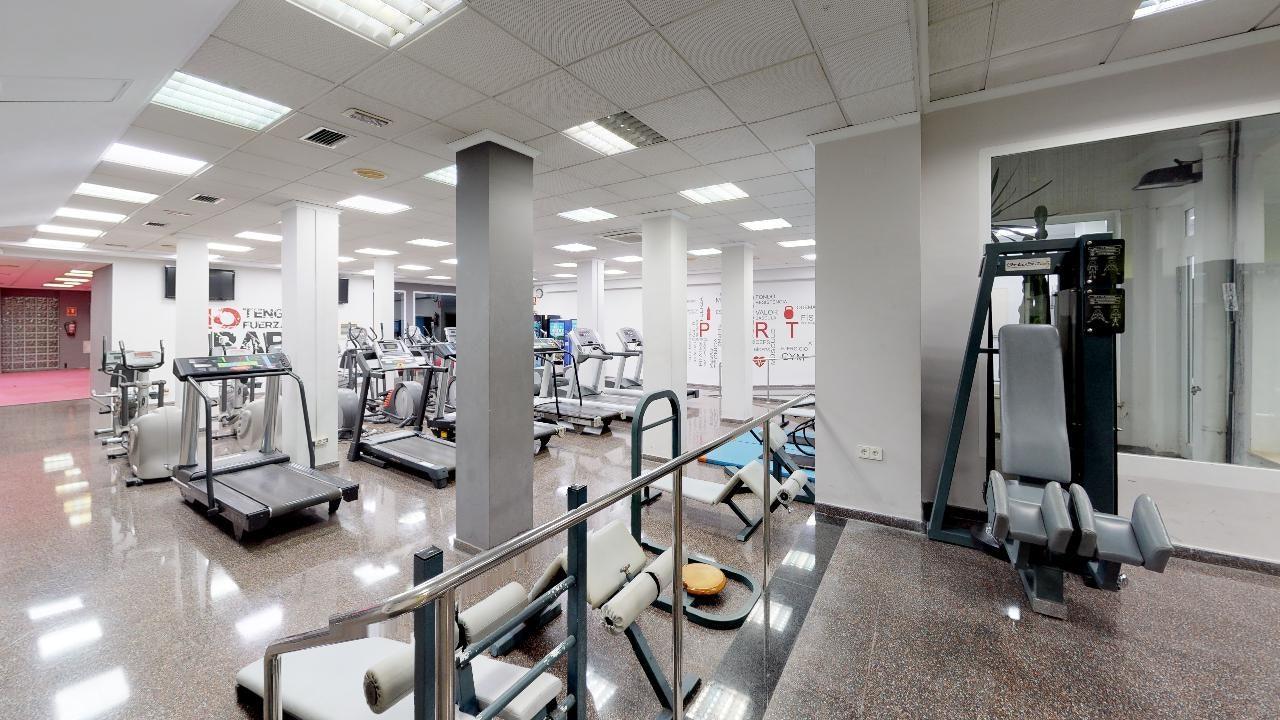 Foto 2 Oferta Fitness Fabra gym Valencia {2} - GymForLess