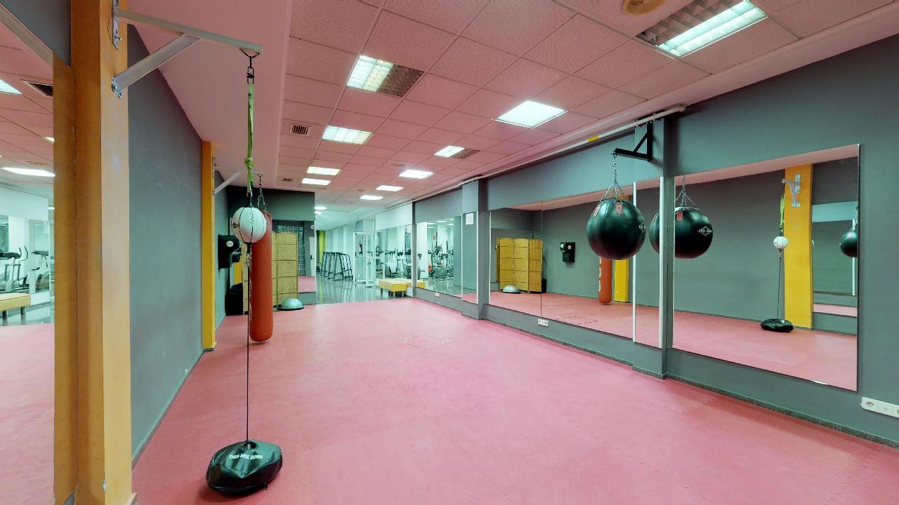 Foto 6 Oferta Fitness Fabra gym Valencia {2} - GymForLess
