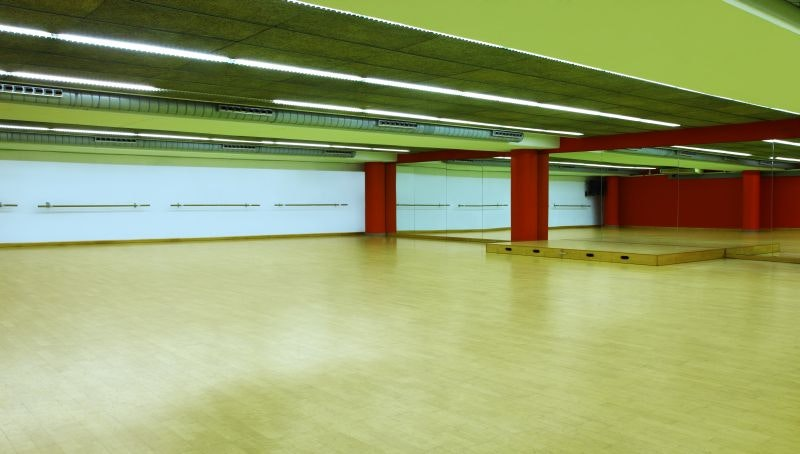 Picture 3 Deals for Gym Holmes Place Europolis Sardenya Barcelona