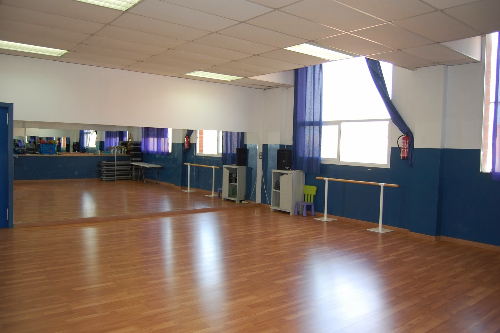 Shen Dragon & Selecta Dance School