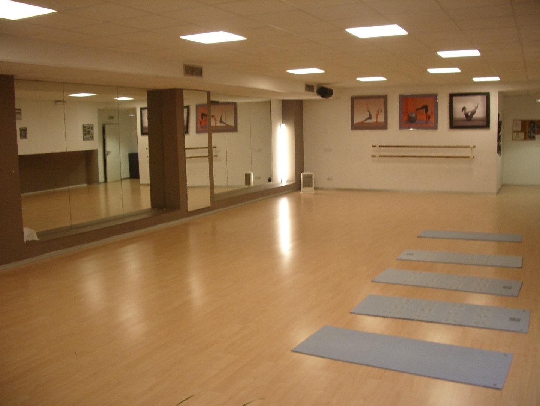 Gimnasios bilbao centro gallery of multi gym with for Gimnasio nirvana
