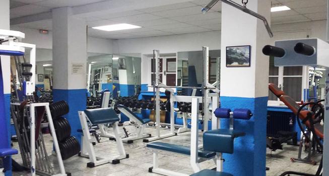 Oferta gimnasio forma xxi madrid gymforless - Gimnasio espana industrial ...