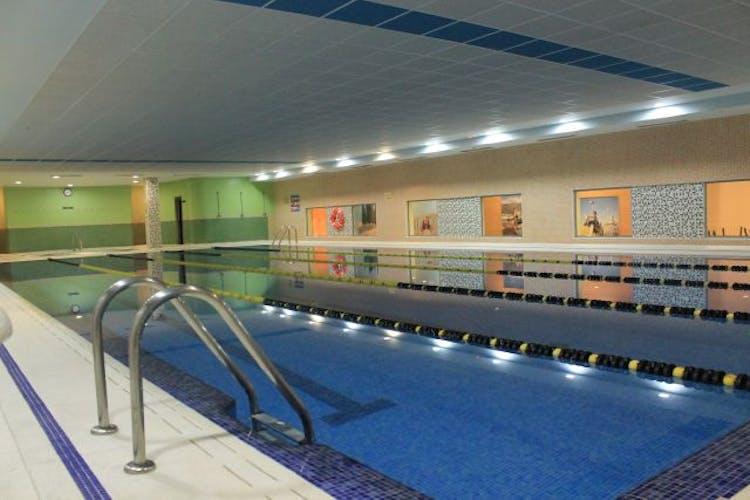 Los mejores gimnasios con piscina interior en zaragoza for Gimnasios madrid con piscina