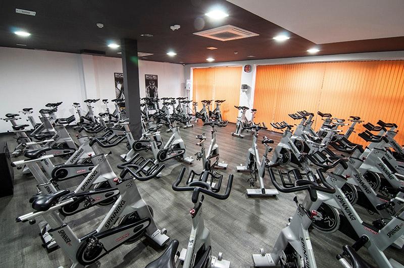 Foto 3 Oferta Century Fitness Sevilla {2} - GymForLess