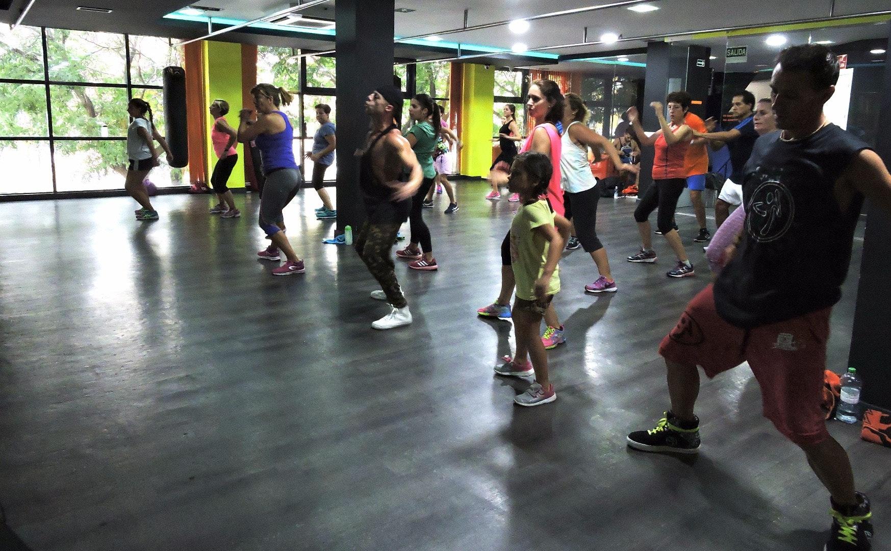 Foto 8 Oferta Century Fitness Sevilla {2} - GymForLess