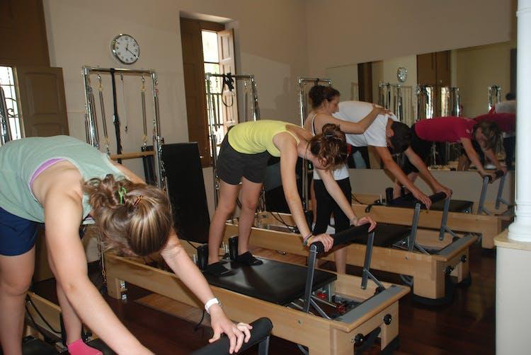 Los mejores gimnasios con pilates m quinas en valencia for Gimnasio 46022
