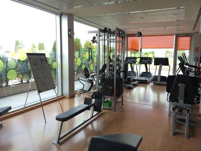 Oferta gimnasio wellness point barcelona gymforless for Gimnasio barcelona