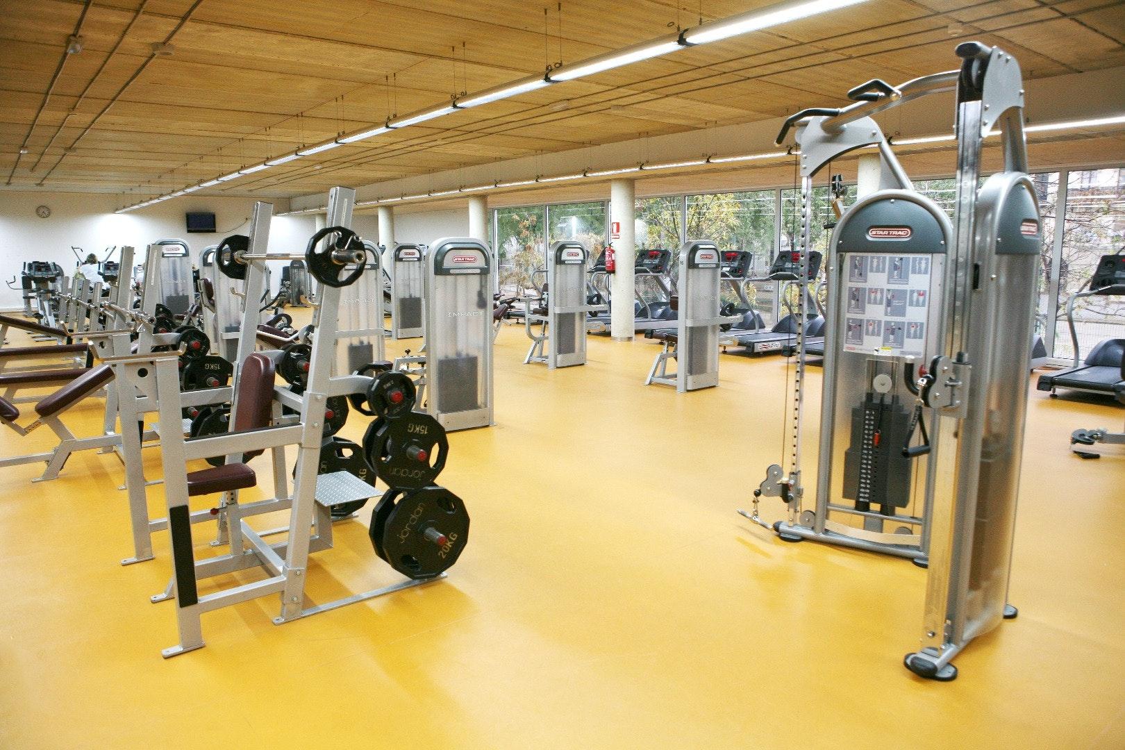 Picture 5 Deals for Gym CEM La bordeta Barcelona