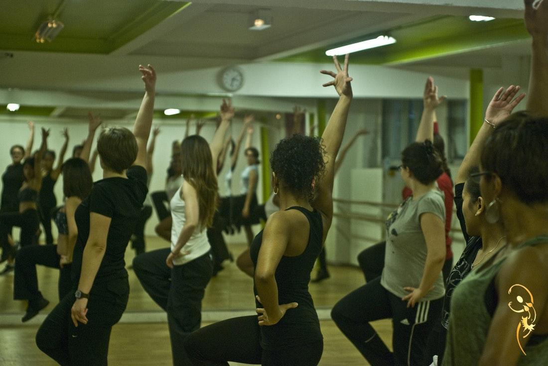 Photo 3 Les meilleurs tarifs  et activités pour le centre Les Danseuses D'or Paris