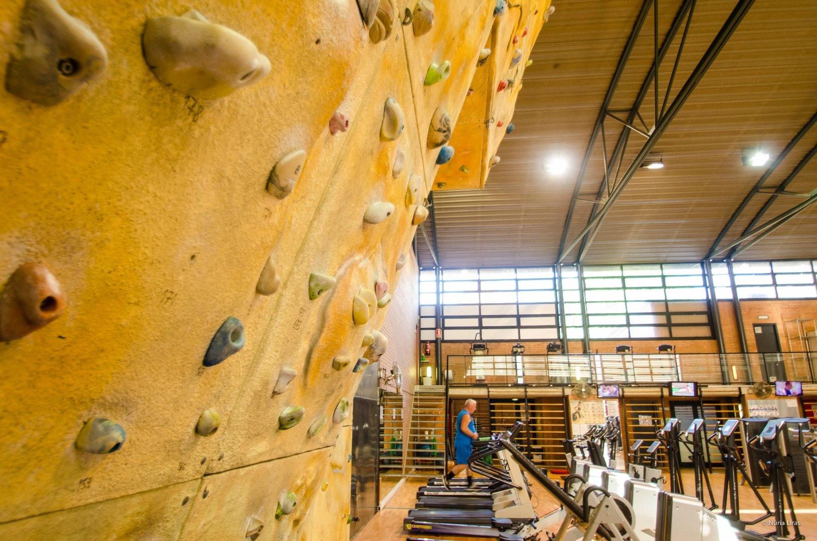 Picture 4 Deals for Gym Igesport CDM Sabadell Sabadell