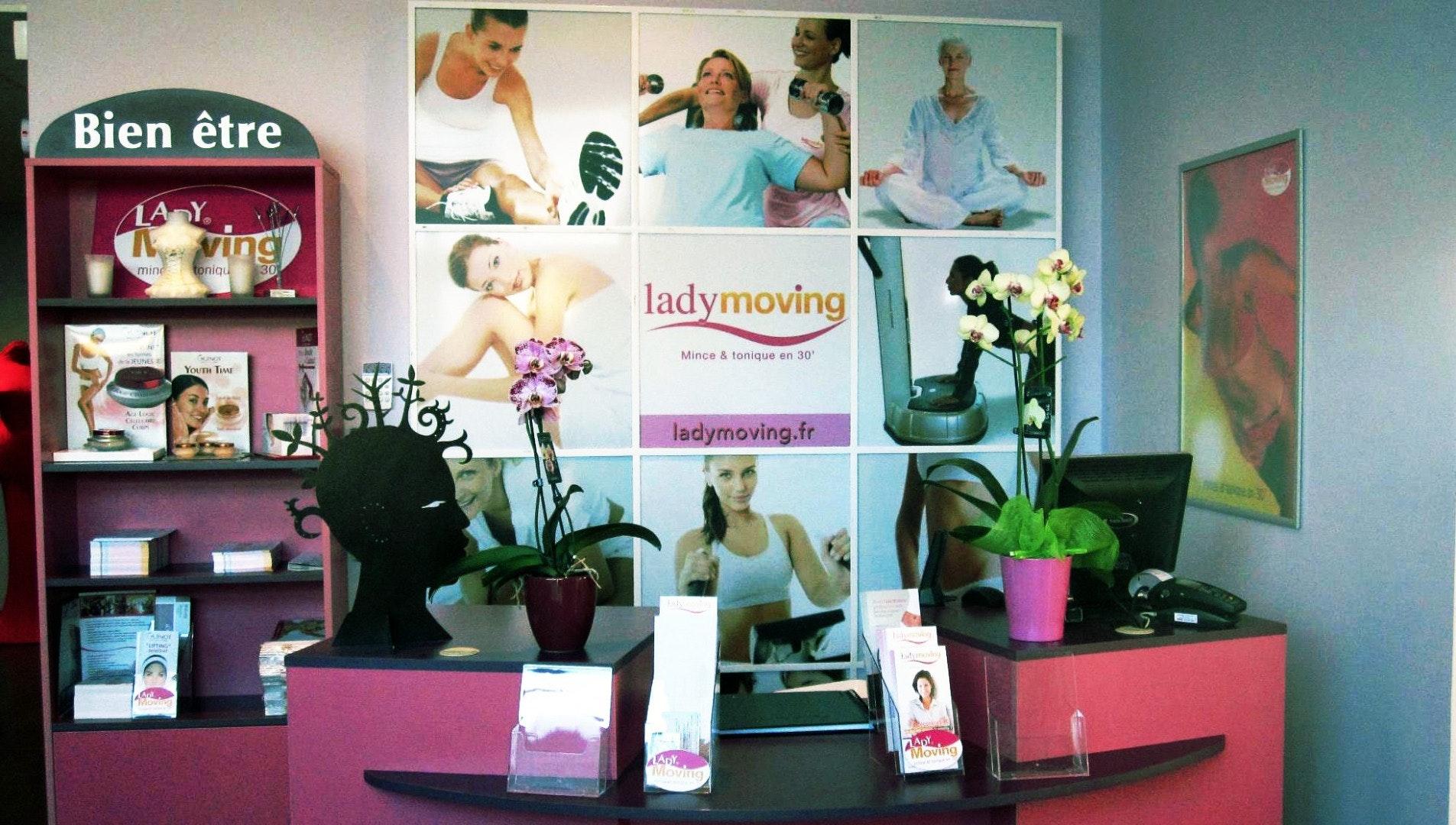 Photo 1 Les meilleurs tarifs  et activités pour le centre Lady Moving Jouars Jouars-Pontchartrain