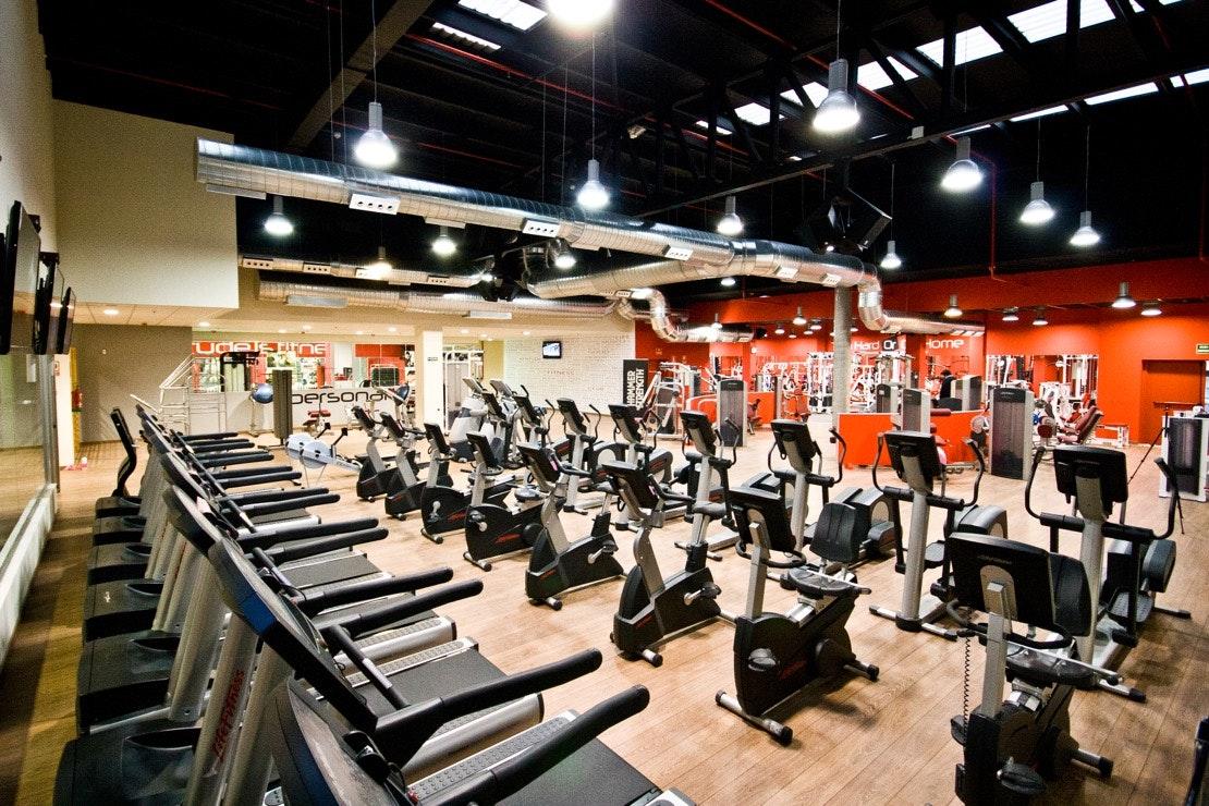 Foto 1 Oferta Attitude Fitness Club San Fernando de Henares {2} - GymForLess