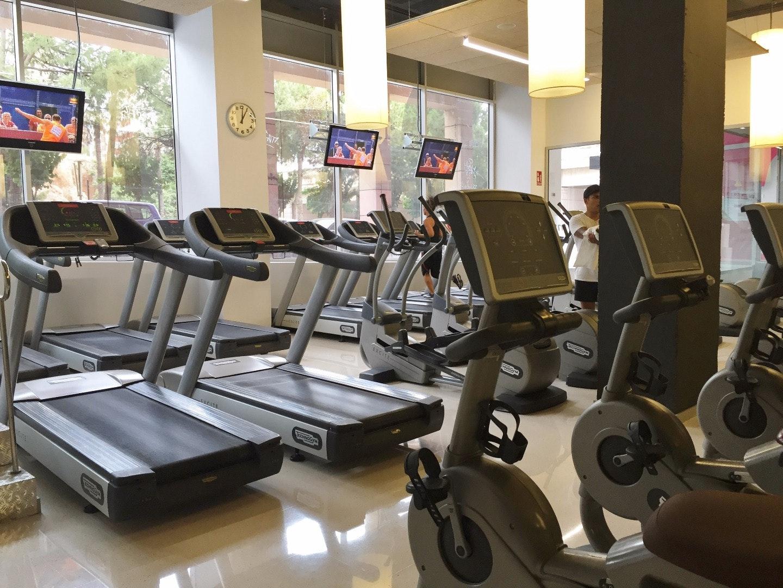 Foto 1 Oferta I-Fitness+ Benidorm Benidorm {2} - GymForLess