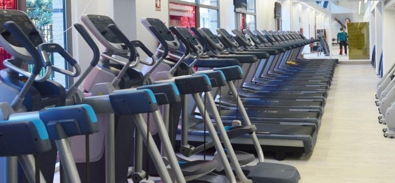 Foto 0 Oferta I-Fitness+ Cádiz Cádiz {2} - GymForLess