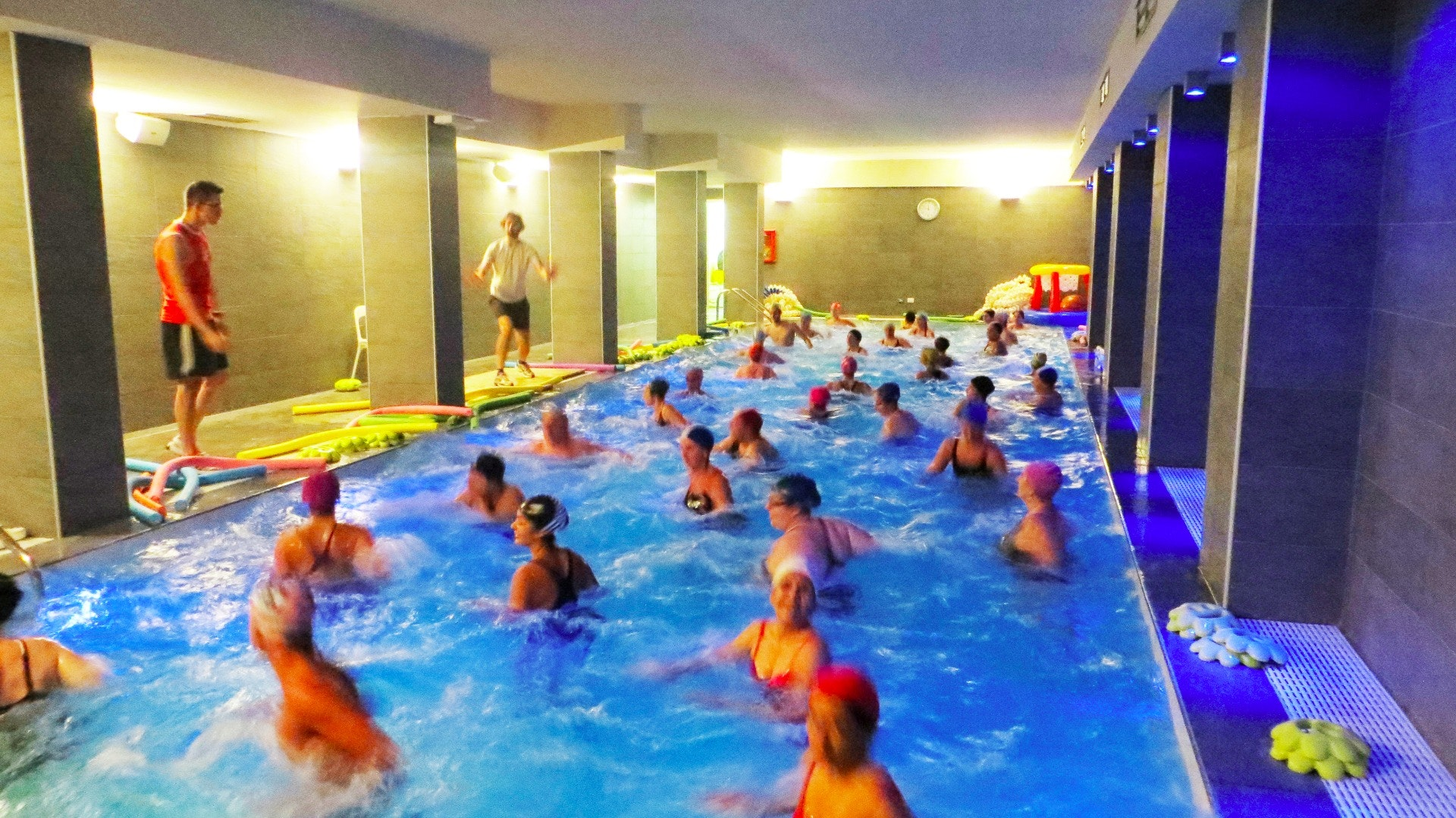 LIFE VILLAGE PISCINA & FITNESS