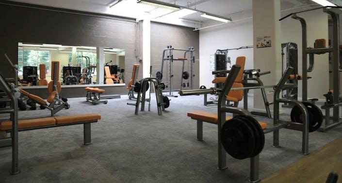 deals for gym l 39 orange bleue villiers sur marne villiers sur marne. Black Bedroom Furniture Sets. Home Design Ideas