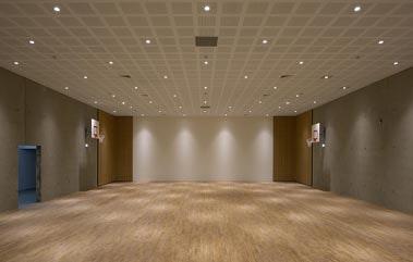 Photo 0 Les meilleurs tarifs  et activités pour le centre Break Dance Crew Carreau du Temple Paris
