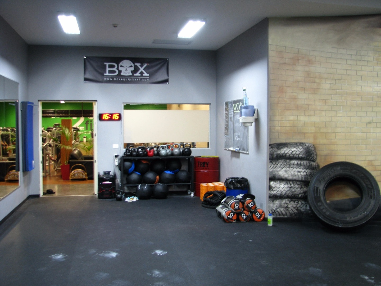 GARAGE CROSS X