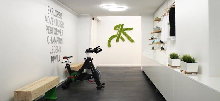 salles de sport aux meilleurs prix avec spinning paris gymforless. Black Bedroom Furniture Sets. Home Design Ideas