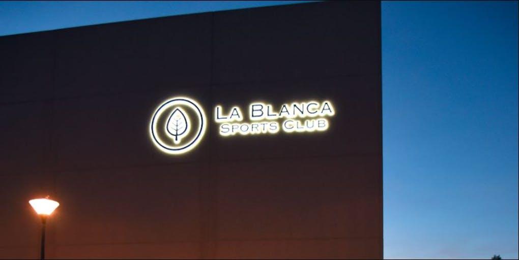 LA BLANCA SPORTS CLUB