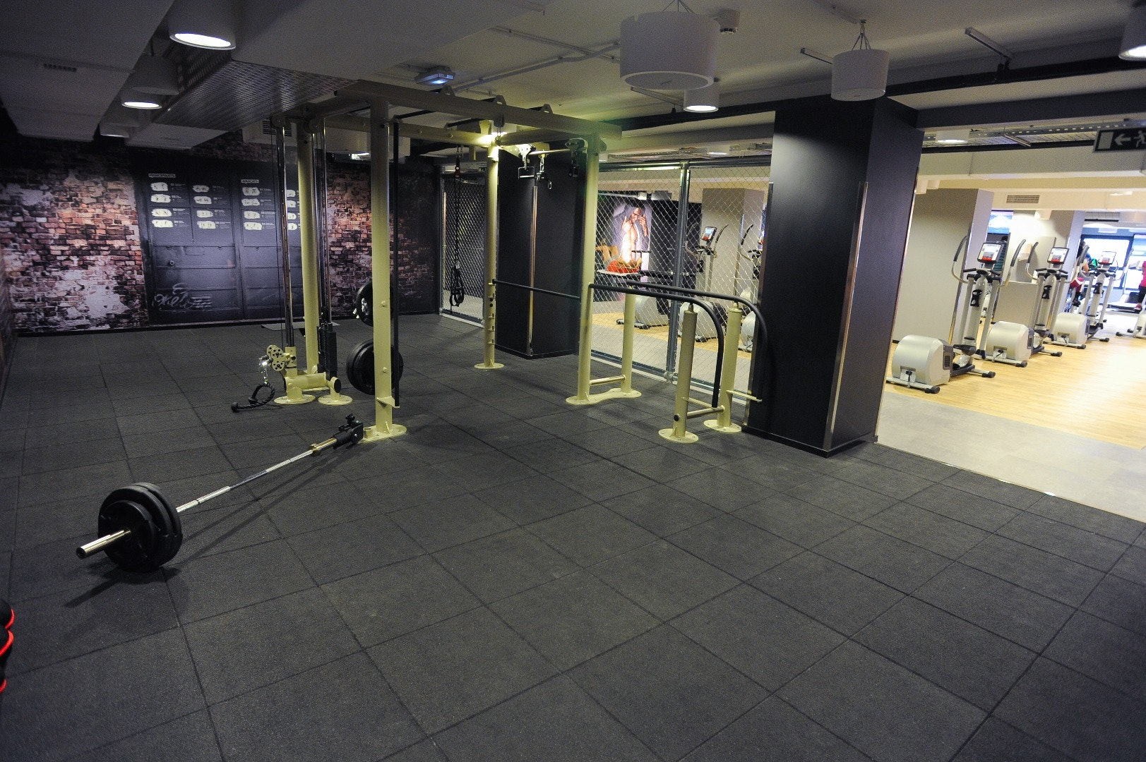 Picture 2 Deals for Gym McFIT Cornellà Cornellà de Llobregat
