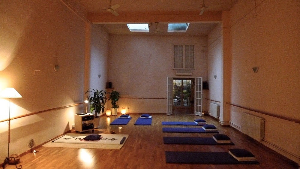 Picture 0 Deals for Happy Yoga Laforja Barcelona {2}