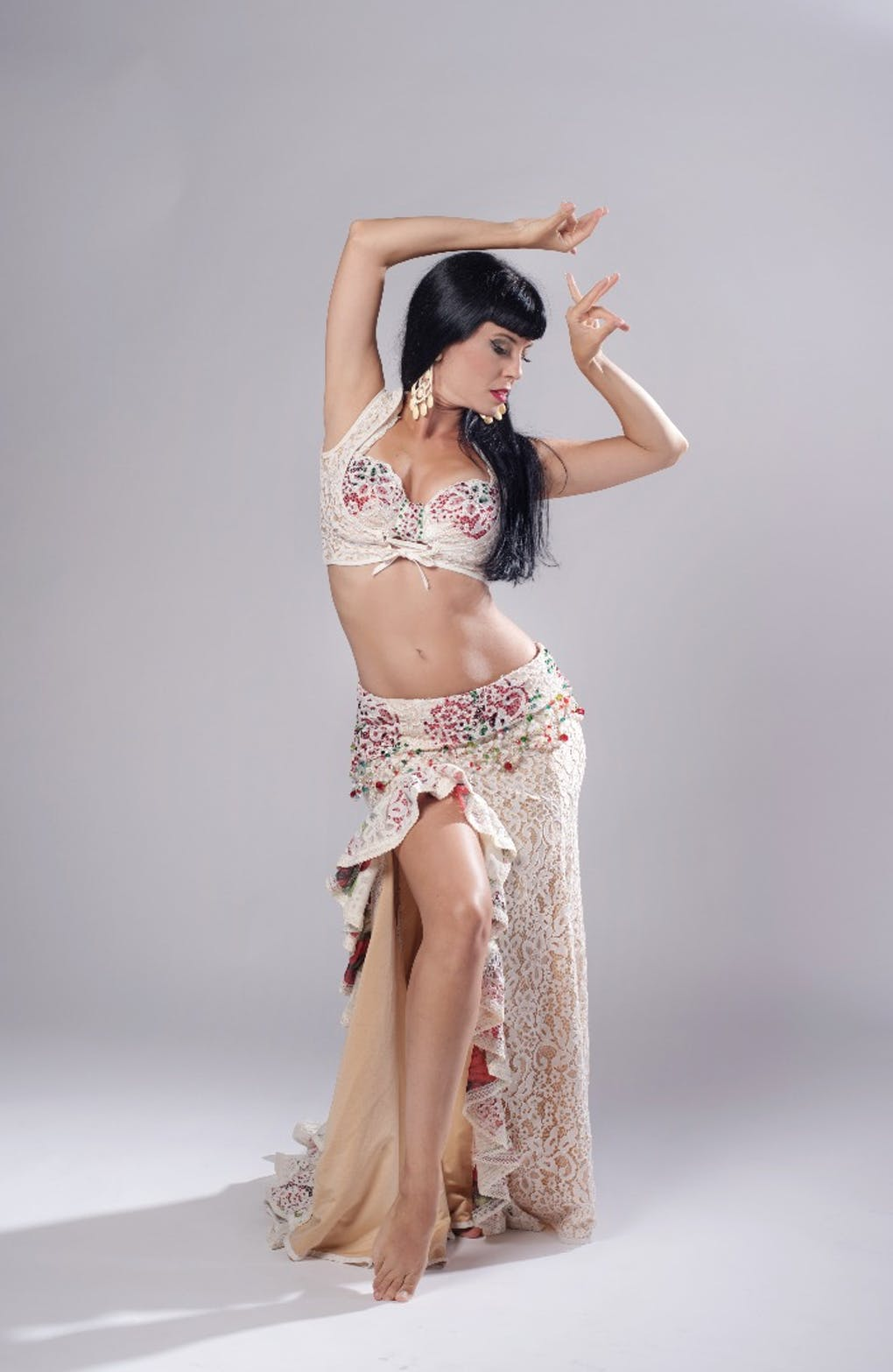 Escuela de Danza Oriental Cristina Gadea