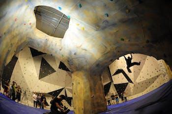 Indoorwall Clot