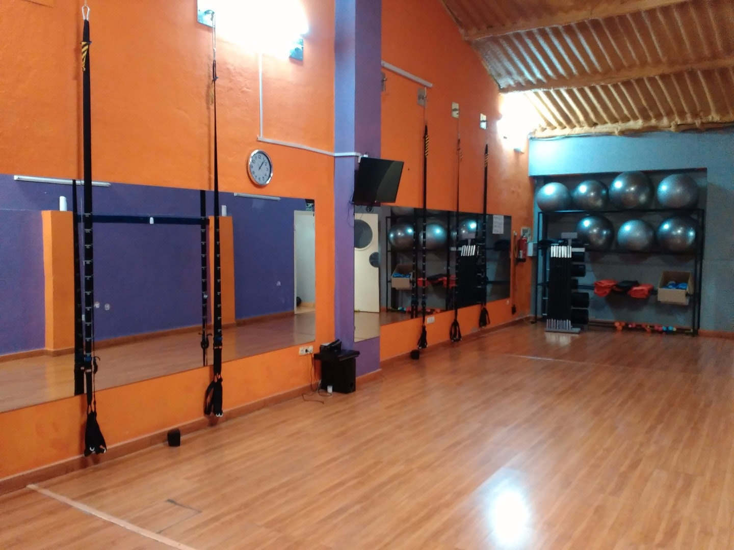 Foto 5 Oferta Urban Training Badajoz {2} - GymForLess