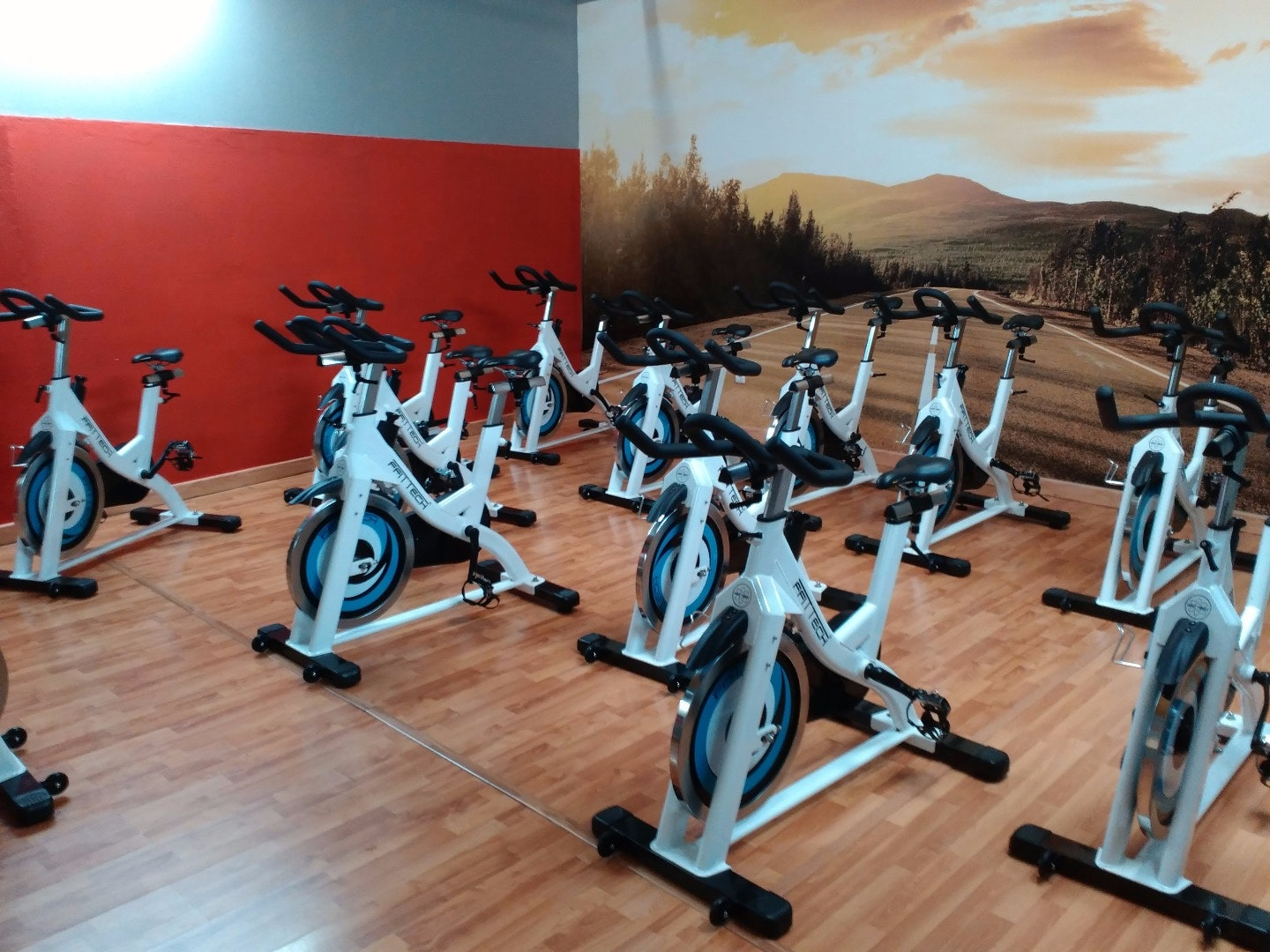 Foto 4 Oferta Urban Training Badajoz {2} - GymForLess