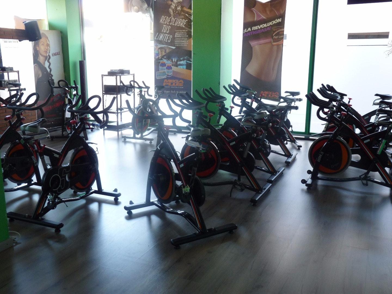 Foto 4 Oferta Gym Professional Fitness Girona {2} - GymForLess