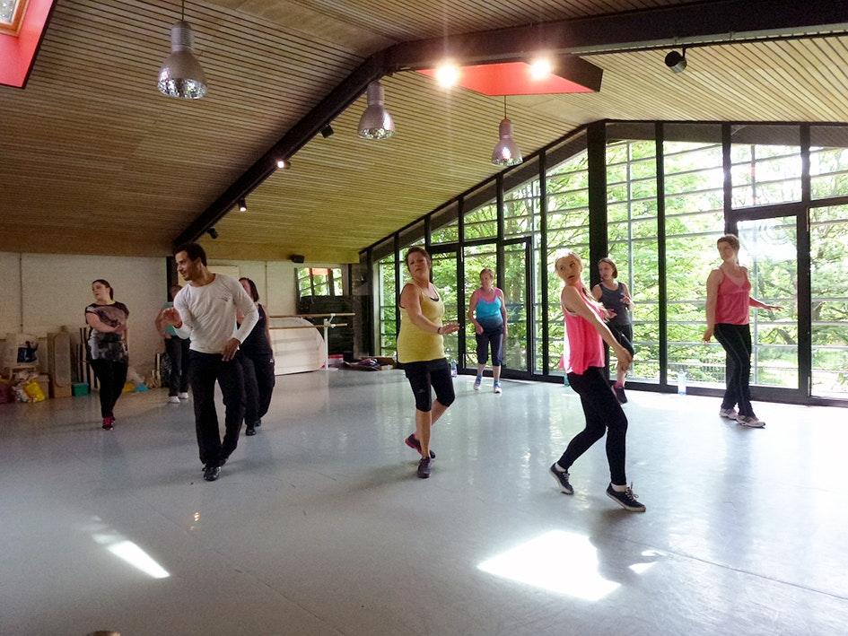 Photo 1 Les meilleurs tarifs  et activités pour le centre Latinva Fitness Paris Porte de Vanves Paris