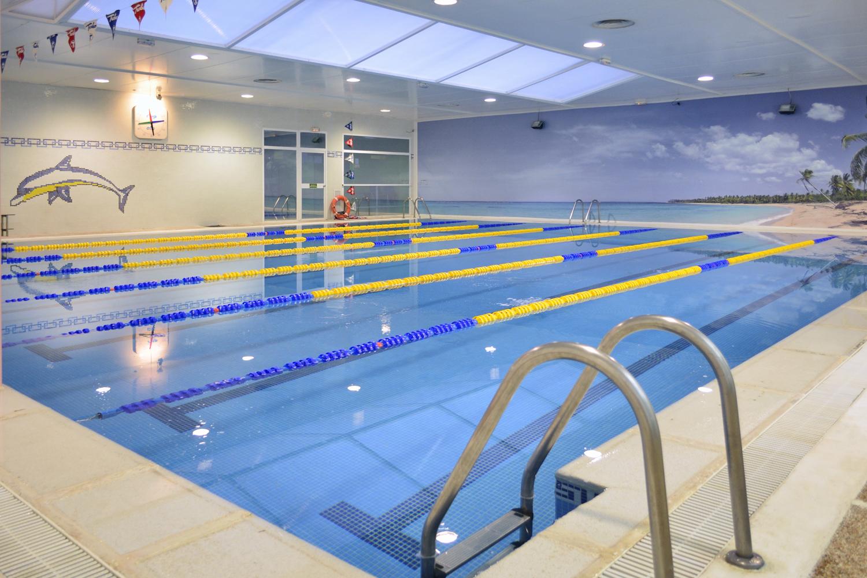 Oferta centro piscina bah a madrid madrid gymforless for Gimnasio con piscina granada