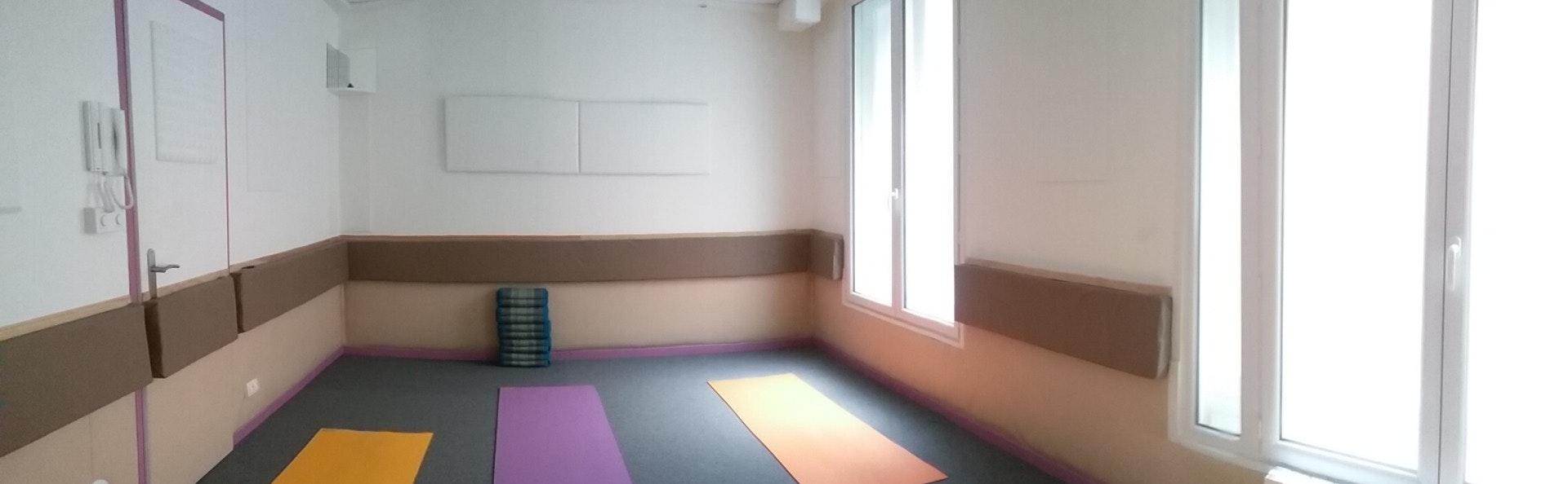 Photo 1 Les meilleurs tarifs  et activités pour le centre Darshan yoga Paris