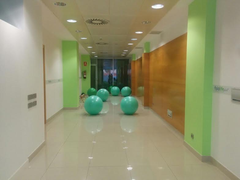 Picture 0 Deals for Gym Fisiolife Plus Sagrada Familia Pilates Barcelona