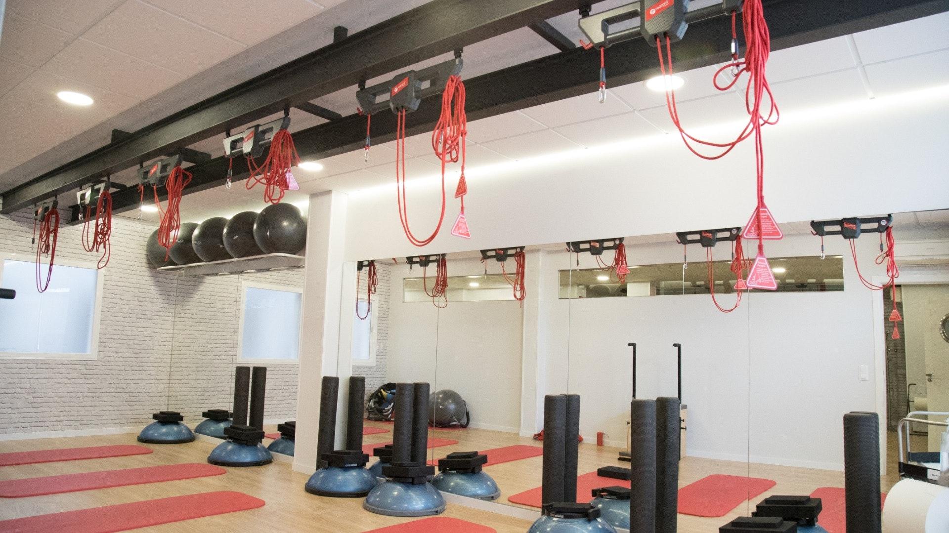 Foto 3 Oferta Akro Center Pilates Máquina Toledo {2} - GymForLess