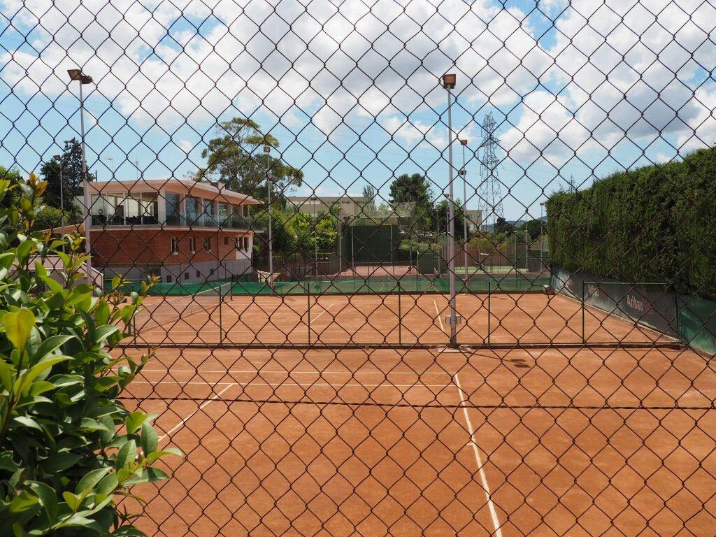 Picture 1 Deals for Tennis Sant Jordi Sant Feliu de Llobregat {2}