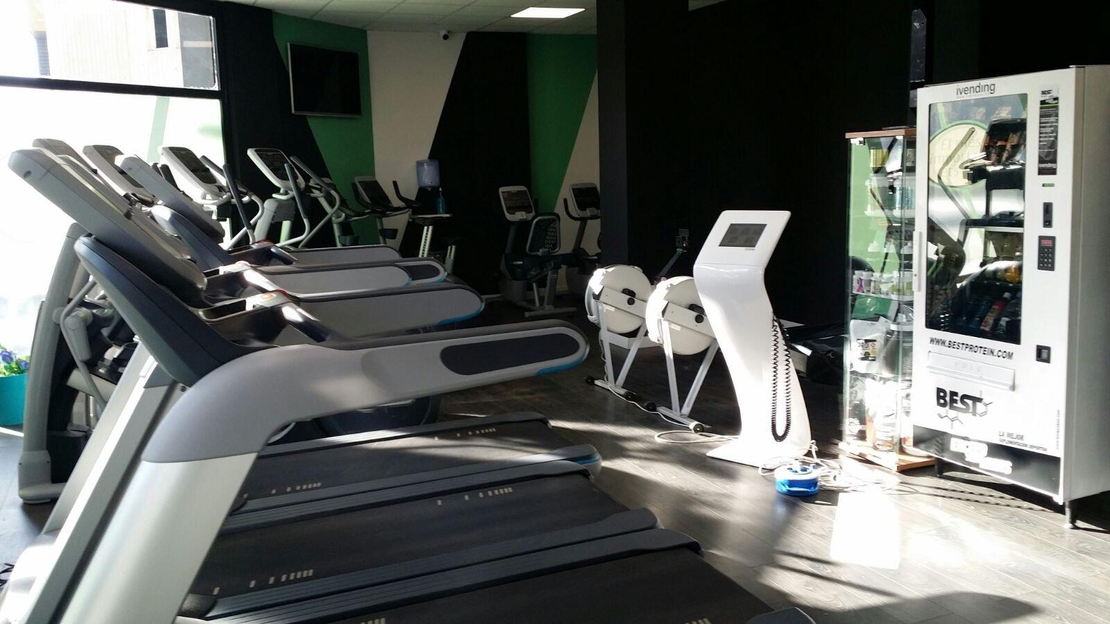 Picture 0 Deals for WUW Fitness El Prat El Prat de Llobregat {2}