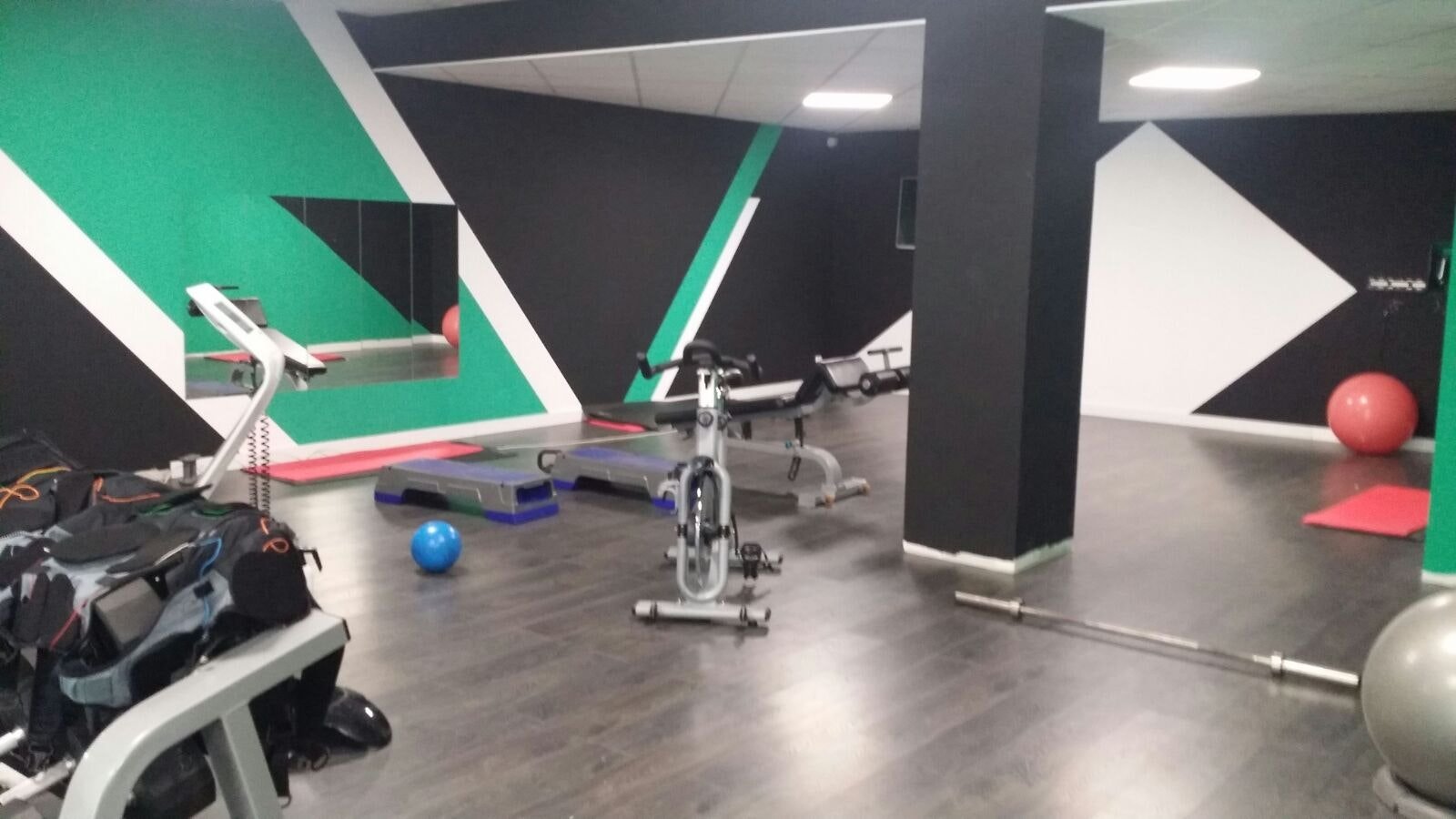 Picture 3 Deals for WUW Fitness El Prat El Prat de Llobregat {2}