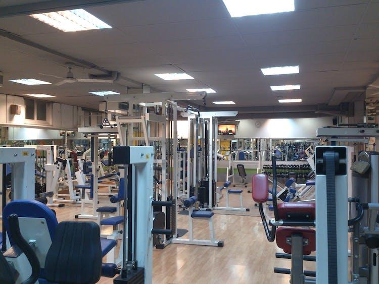 Los mejores gimnasios con aerobic en arganzuela atocha for Gimnasio narvaez