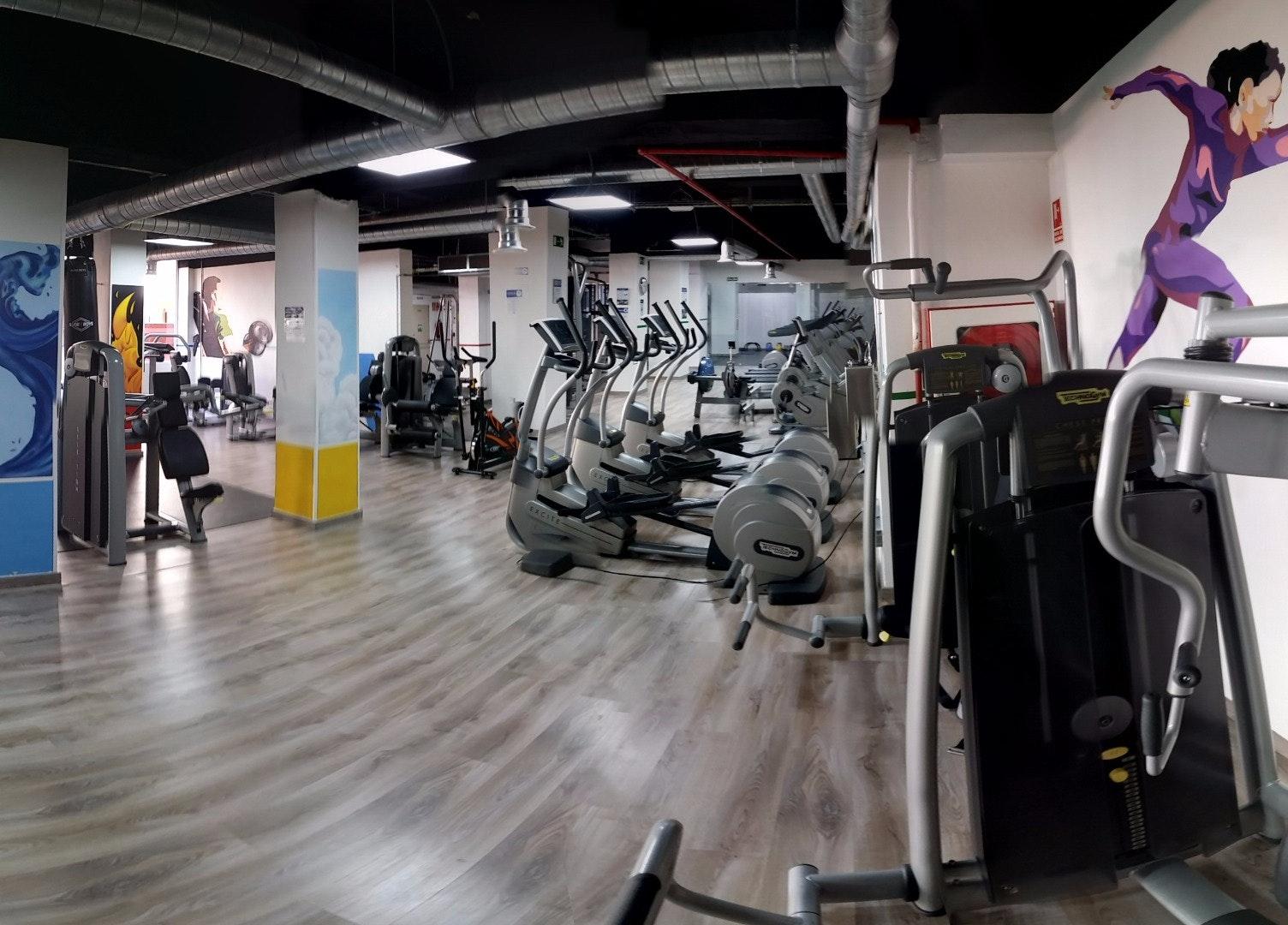Foto 4 Oferta Gimnasio Fitness 360 Life Modesto Lafuente Madrid - GymForLess