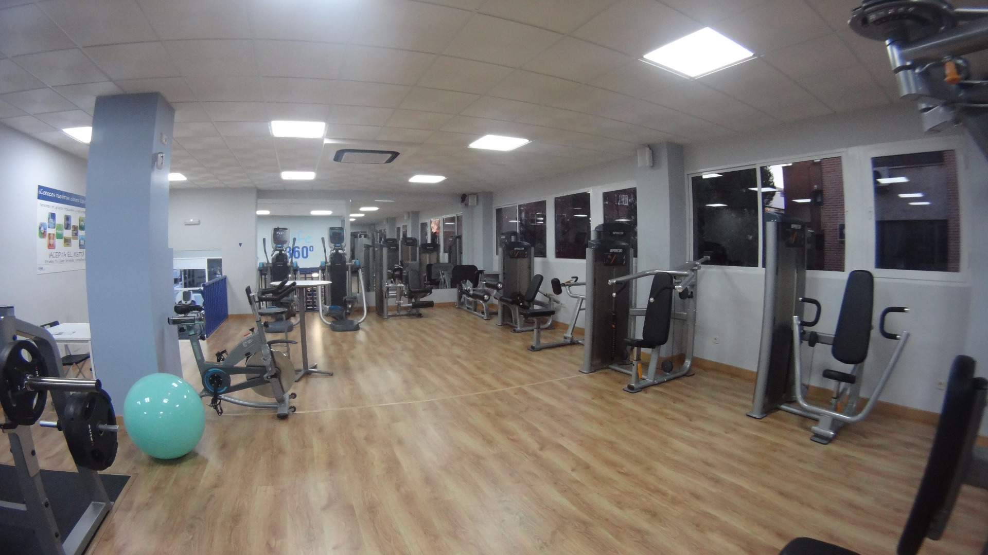 Oferta gimnasio fitness 360 life emilio vargas madrid for Gimnasio hortaleza fitness