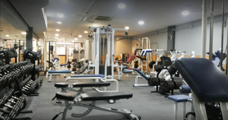 oferta gimnasio sport club barcelona gymforless