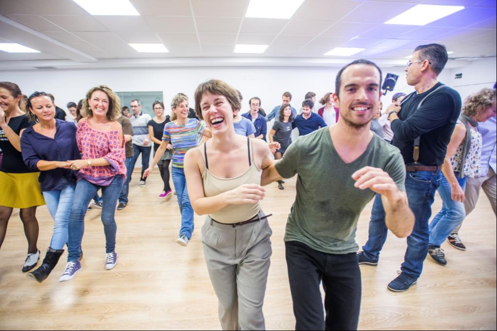 Swing Maniacs / Dance Maniacs Gracia (Roger de Flor)
