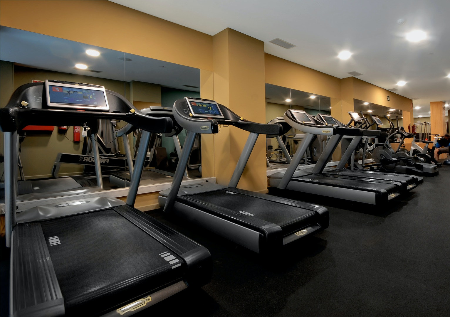 Picture 0 Deals for Gym Fisic Sport Club Barcelona
