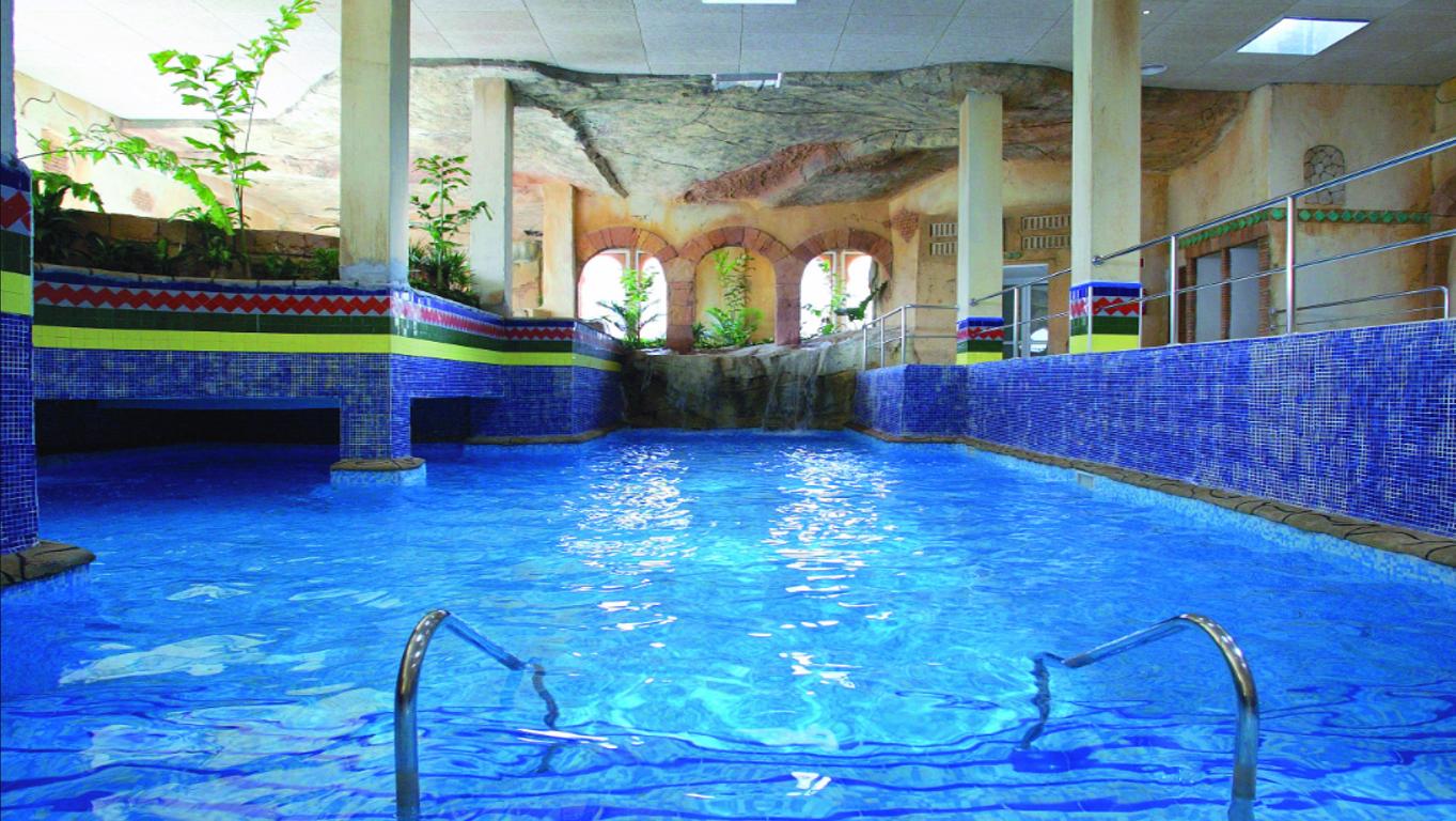 Foto 2 Oferta Senzia Spa & Wellness Hotel Senator Playacalida Almuñécar {2} - GymForLess