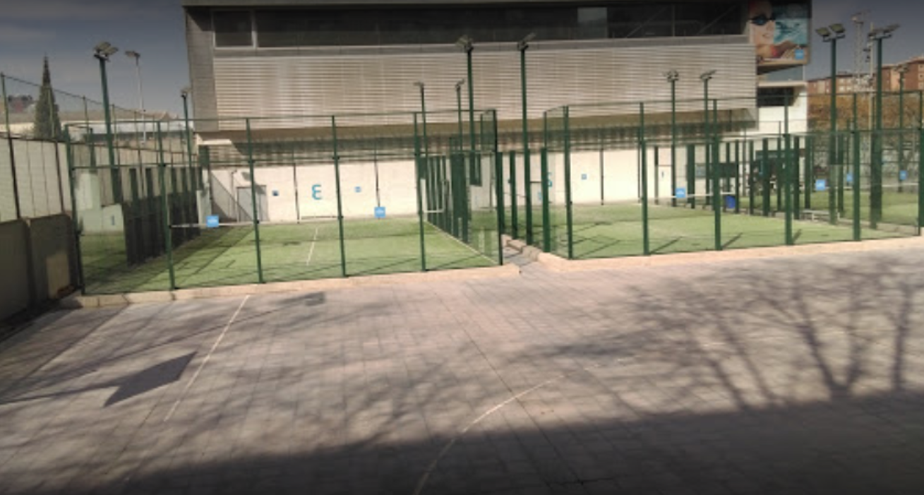 Picture 2 Deals for Gym CEM Maresme Padel Barcelona